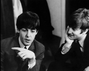 John-Paul-the-beatles-10674862-600-482