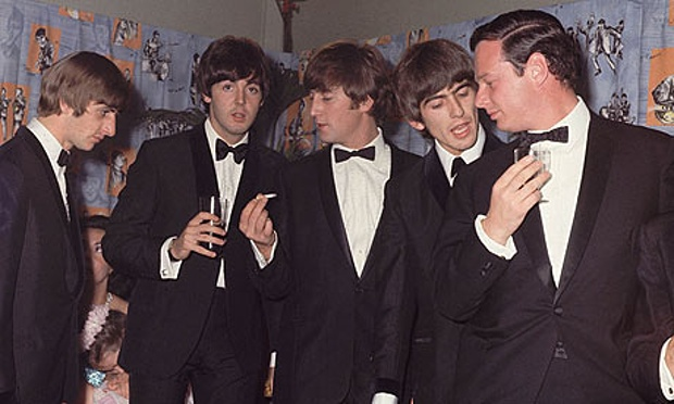 The-Beatles-with-manager--001