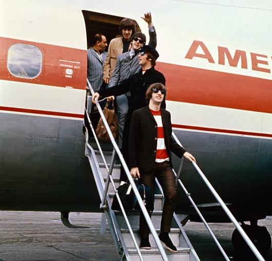 SMG_Beatles_Plane