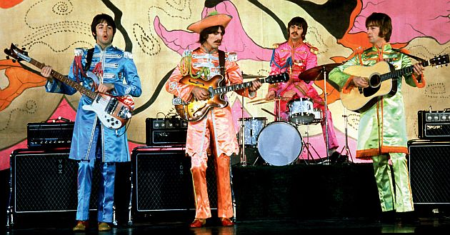 the-beatles-filming-hello-goodbye-in-1967-credit-apple-corps-ltd-1
